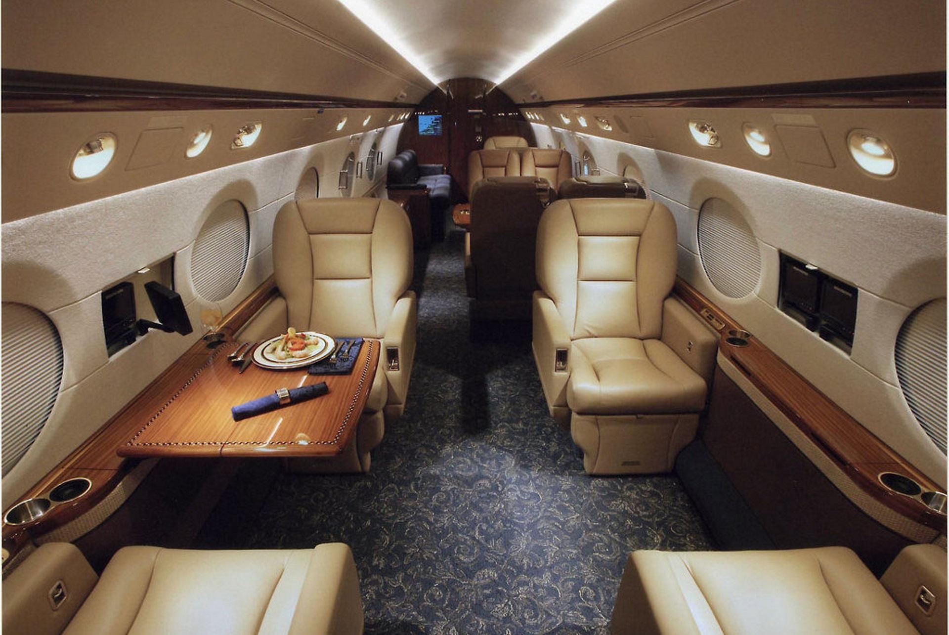 interni-aereo-di-lusso